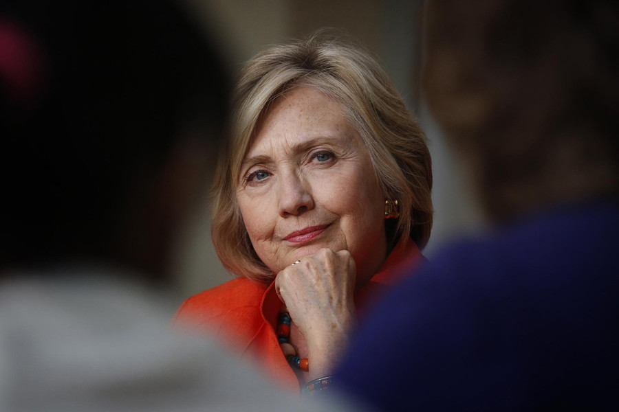 Students+disprove+of+Hillary+Clinton%27s+email+scandal