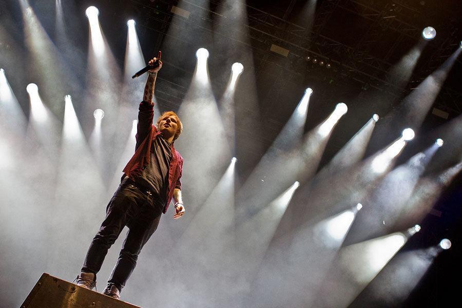 Sheeran+in+concert.