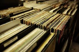 Vinyl makes a comeback among today's youth