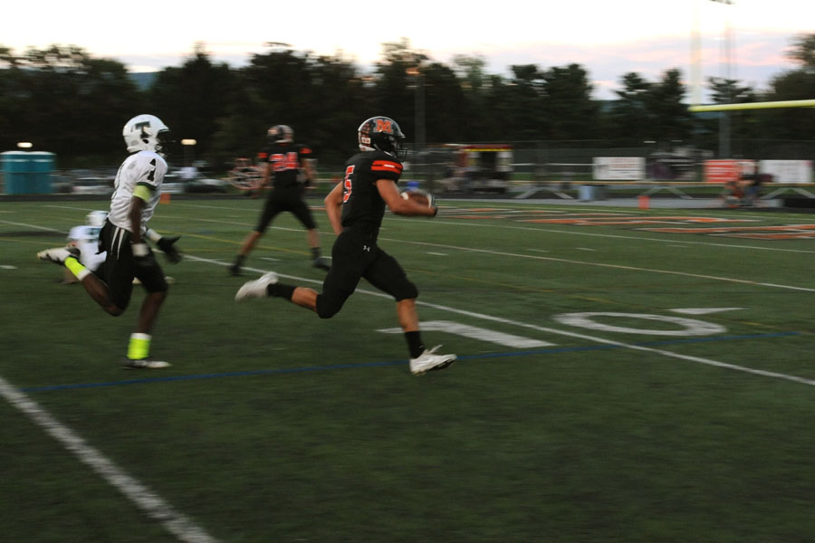 Photo+gallery%3A+Football+game+9.15.17